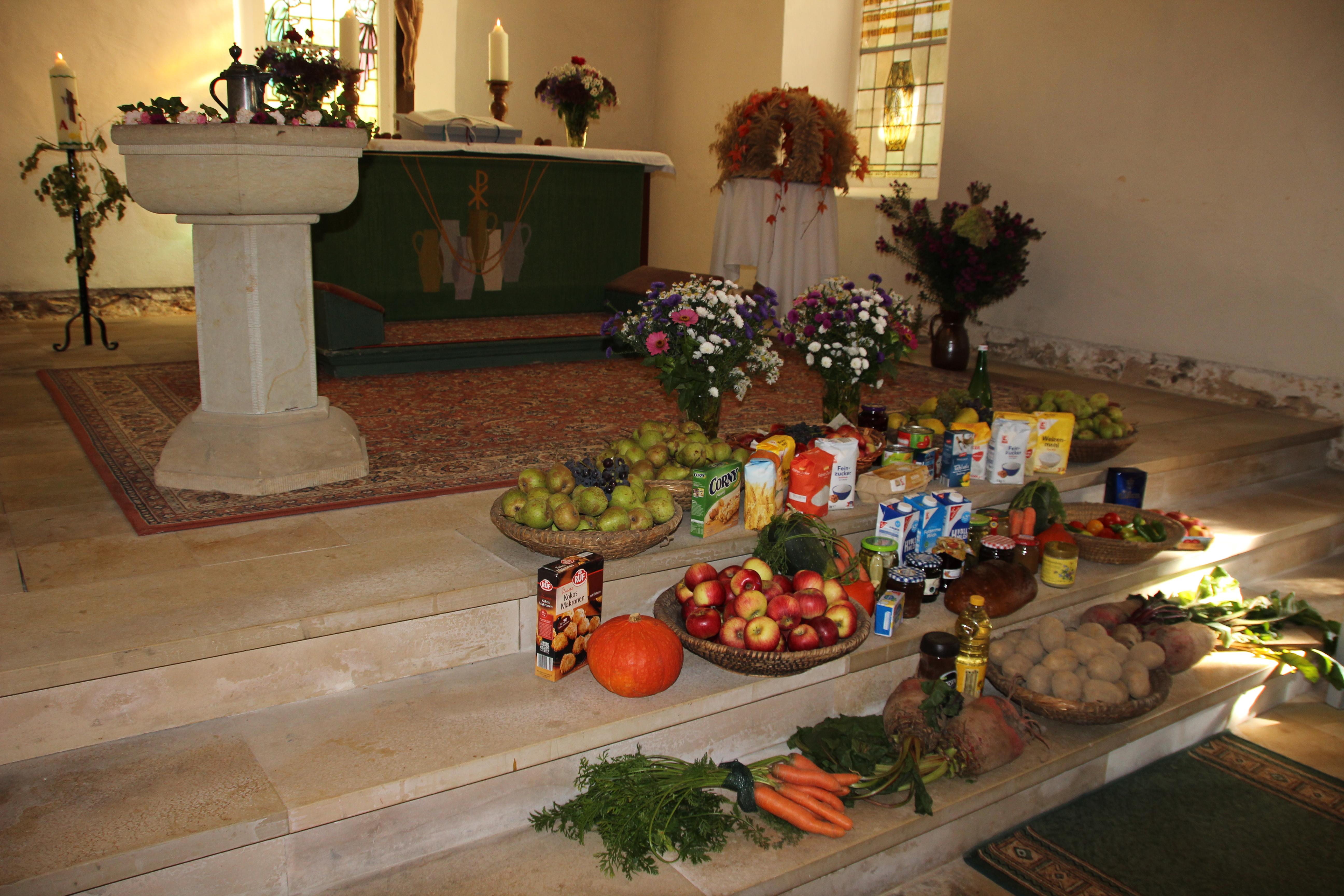 Erntedankfestgottesdienst in der Heukewalder Kirche